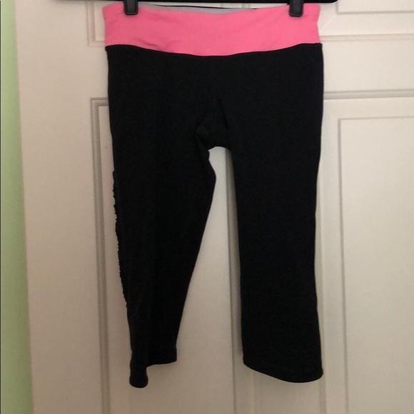 c2b60105c5 lululemon athletica Pants | Lululemon Short Above Knee Length ...